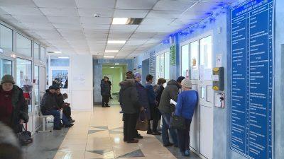 В Ковылкинской поликлинике обычный приемный день, в коридорах как всегда много людей.
